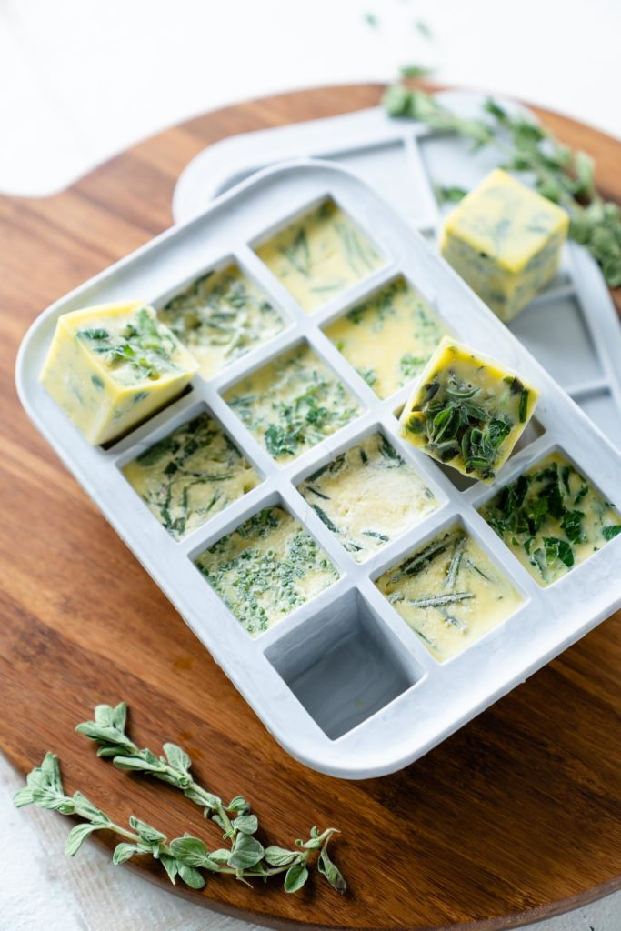zerowaste-hack-preserving-herbs