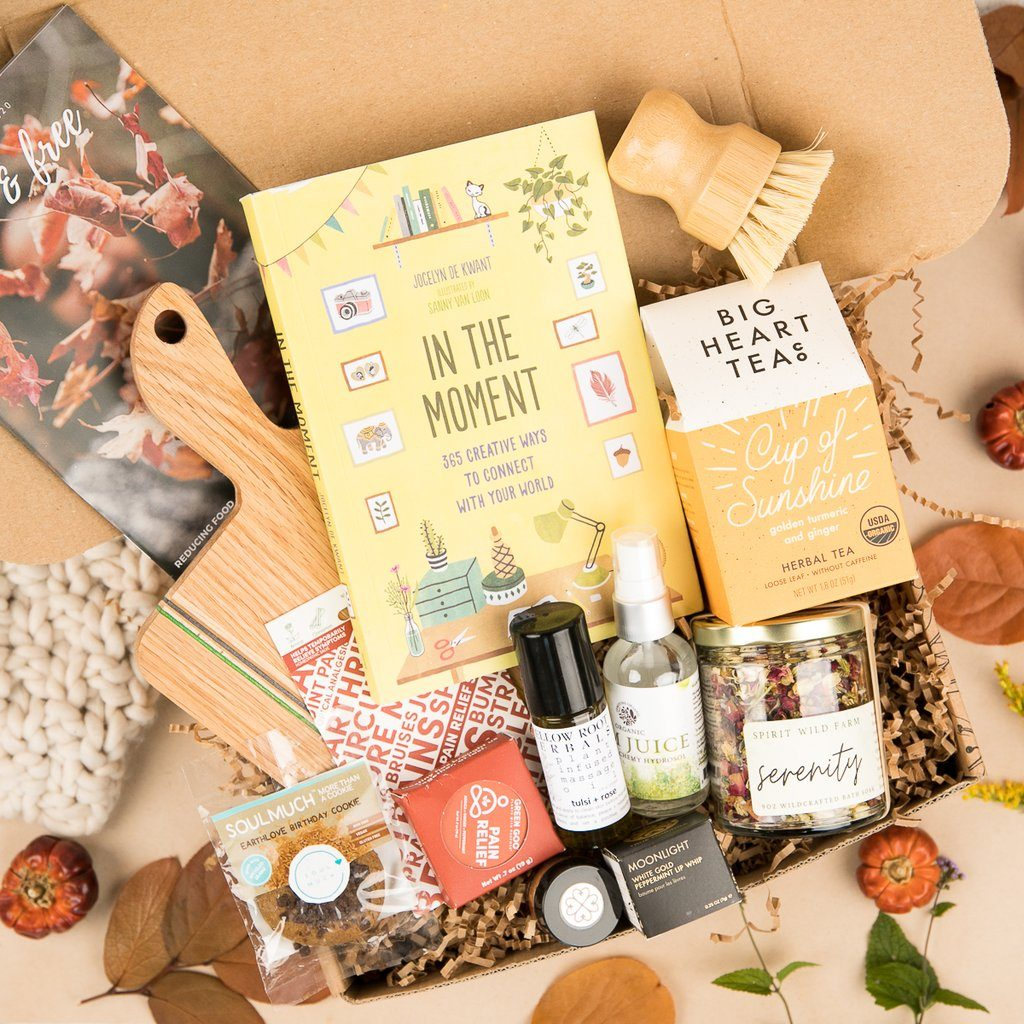 earthlove-subscription-box-sustainable-holiday-guide-2020