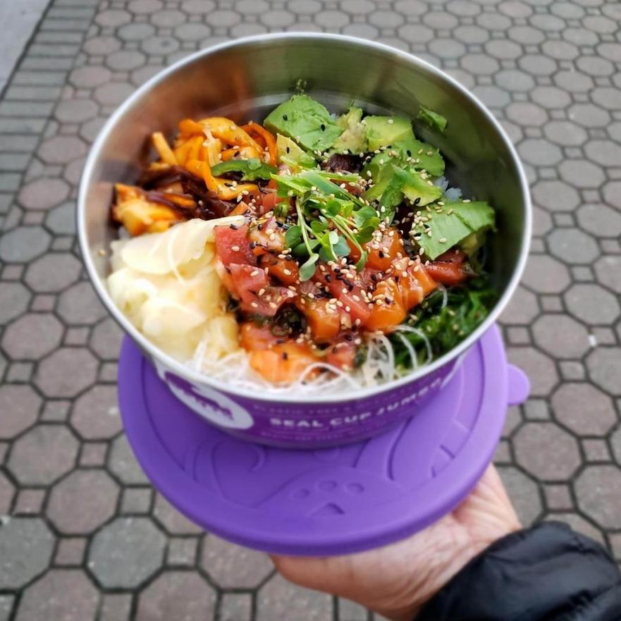 eco-lunch-box-sustainable-holiday-gift-guide